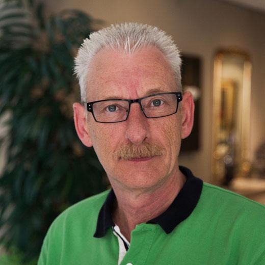Jan van Oorschot, specialist is sfeer door haarden en kachels
